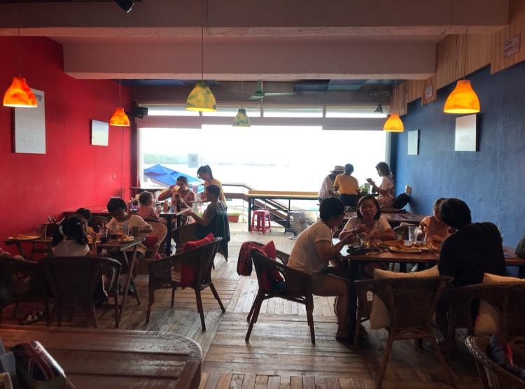英國餐廳假日打工看海練英文